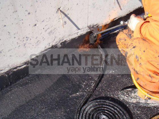 Medicavet açık teras bitümlü pah bandı ve likit membran su yalıtımı